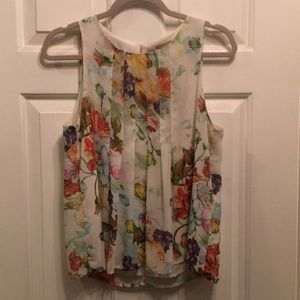 F21 Sleeveless Floral Blouse